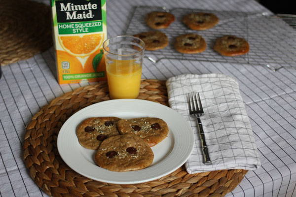 2. Make a large batch of healthy baked blender pancakes in the oven.